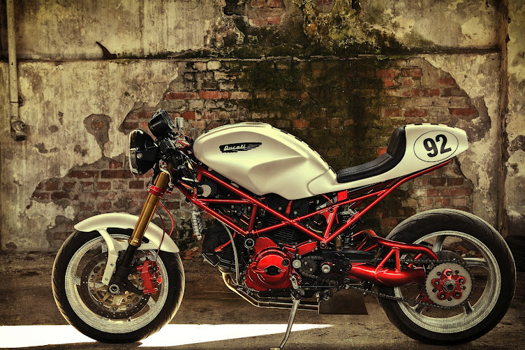 Return of the Cafe Racers - Ducati S2R 800 Cafe Racer