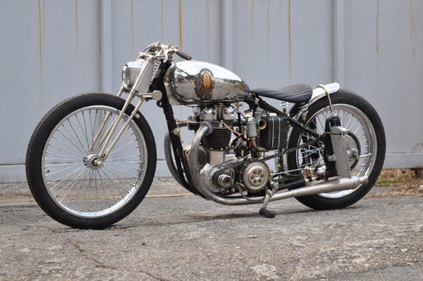 Return of the Cafe Racers - Cyclops BSA A7 Plate Armor Bobber