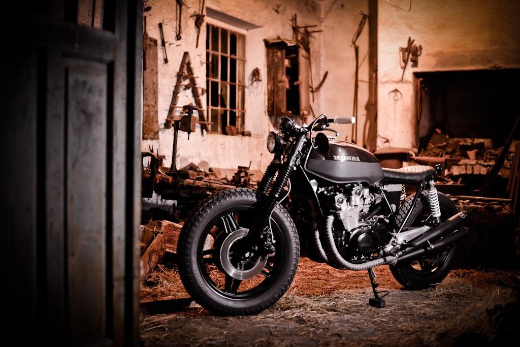 Return of the Cafe Racers - Honda CB750 Dark Brownie