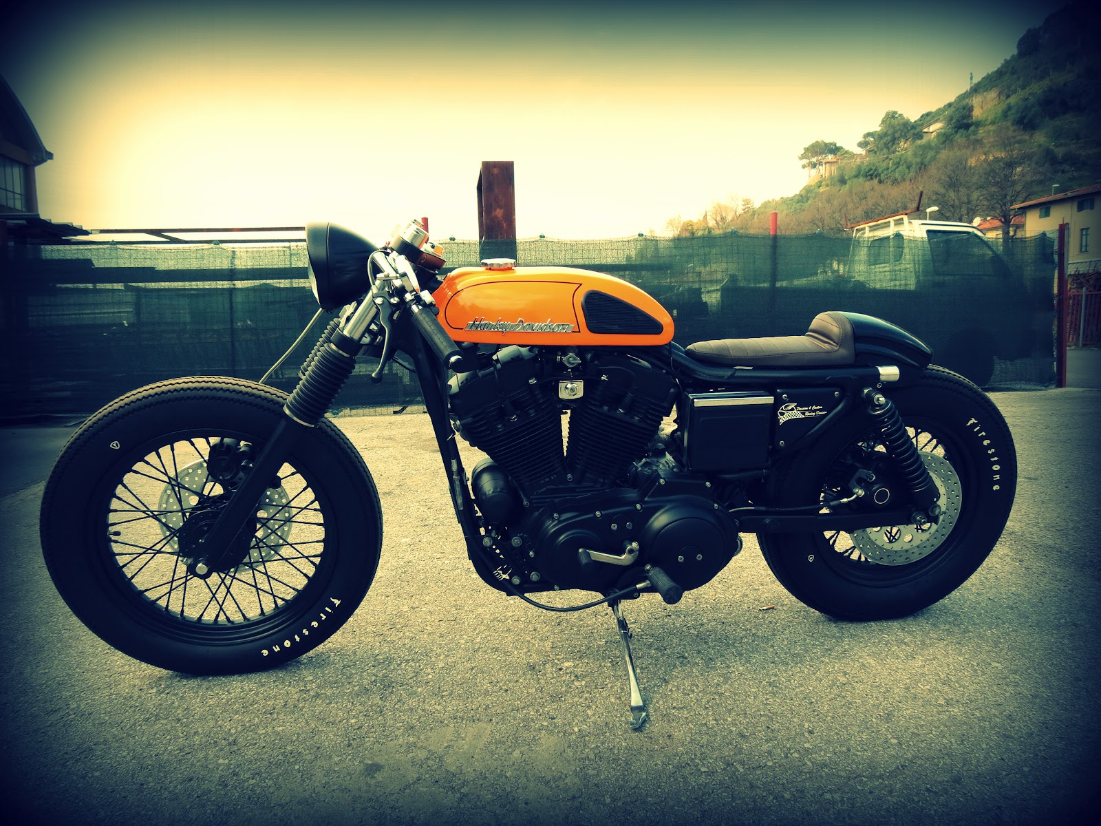 Return of the Cafe Racers - Harley Davidson Sporty 883 Cafe Racer