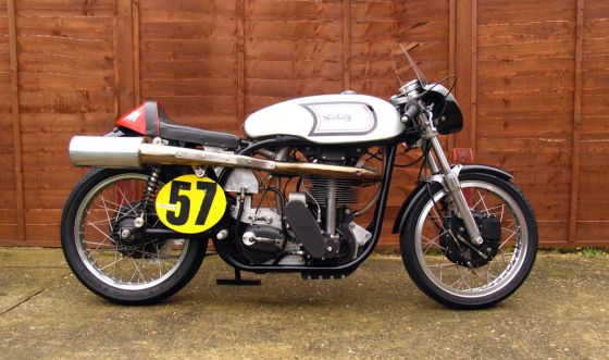 Return of the Cafe Racers - Norton Manx 500 by Works Racing