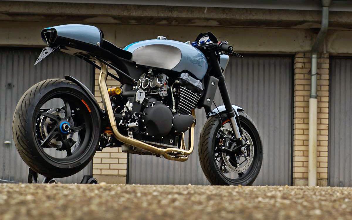 Triumph Legend TT900 cafe racer