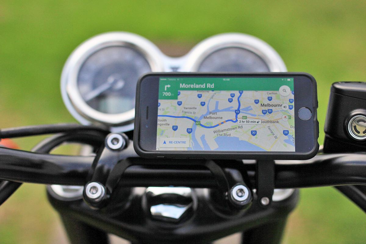 Return of the Cafe Racers - Gear Review – Quadlock Smartphone Bike Kit
