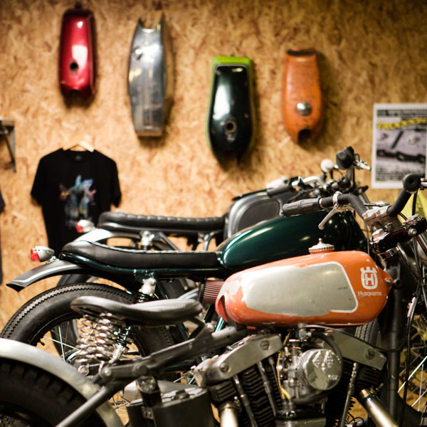Return of the Cafe Racers - Wrenchmonkees ride again