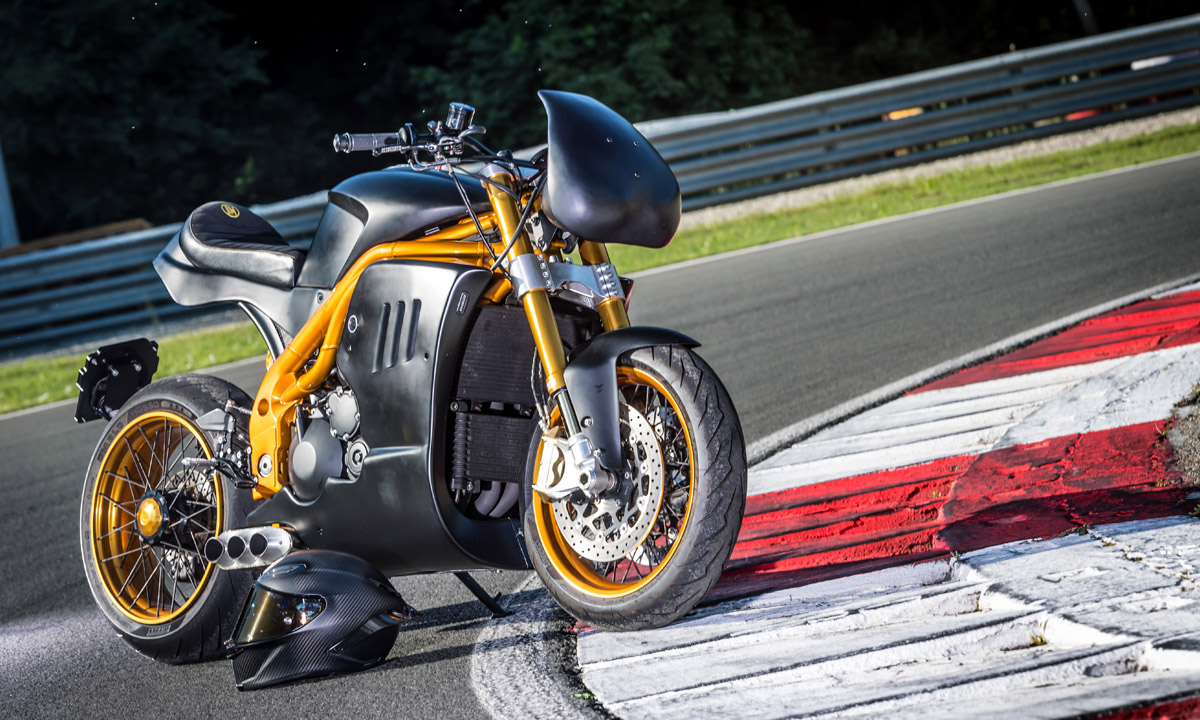 custom triumph speed triple