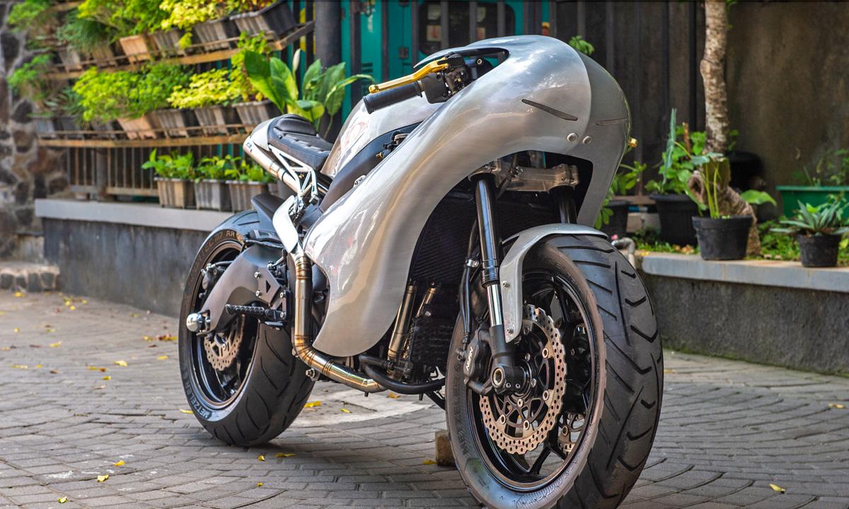 Return of the Cafe Racers - The Samurai – AMS Kawasaki ZZR600