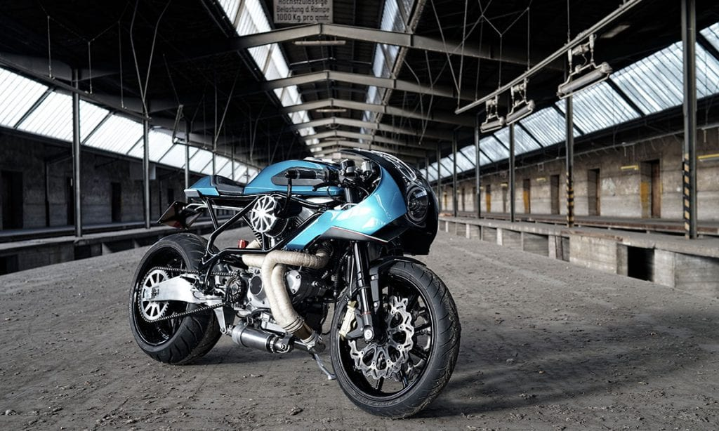 Return of the Cafe Racers - Avanzata – Officine Uragani Buell M2 Cyclone