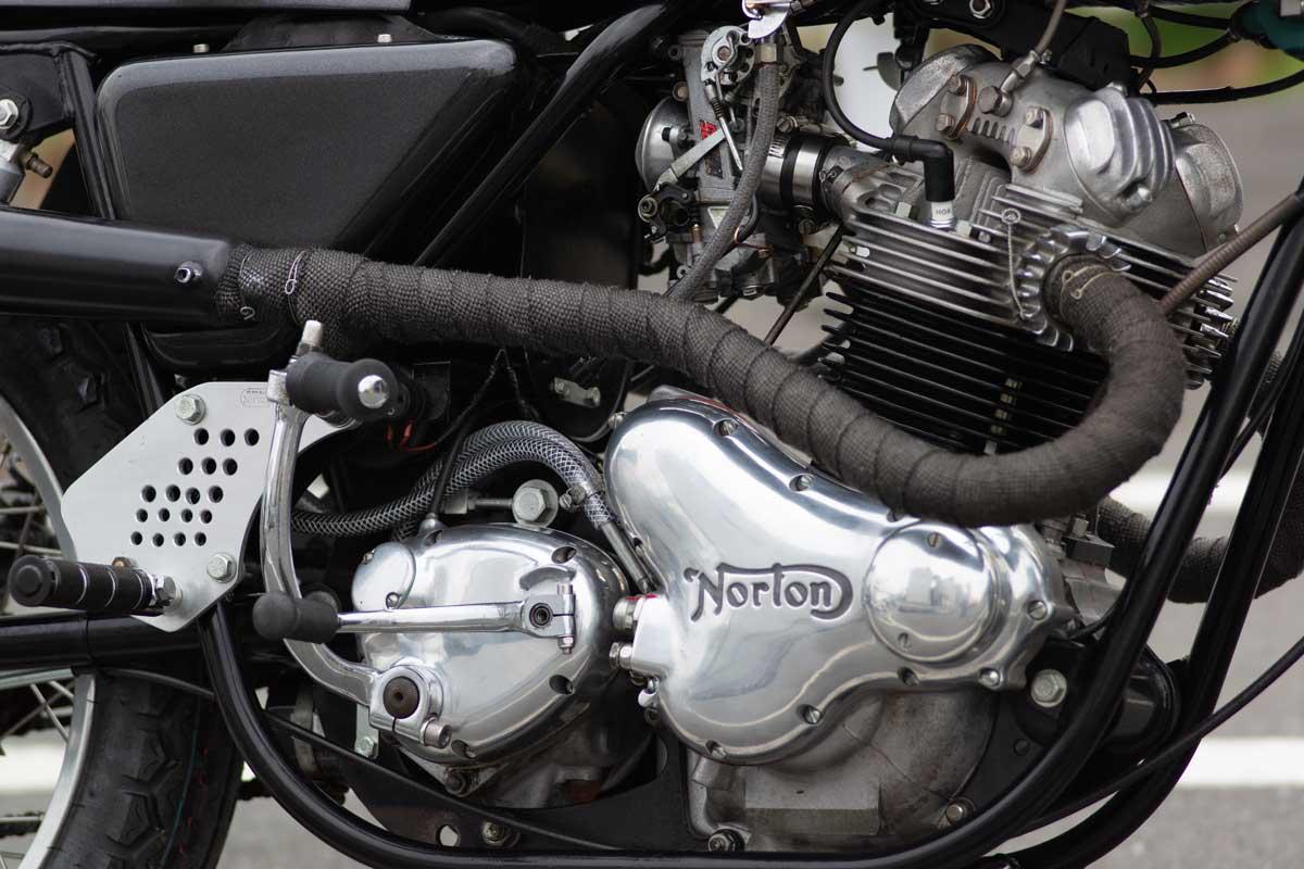 Norton Commando 850 custom