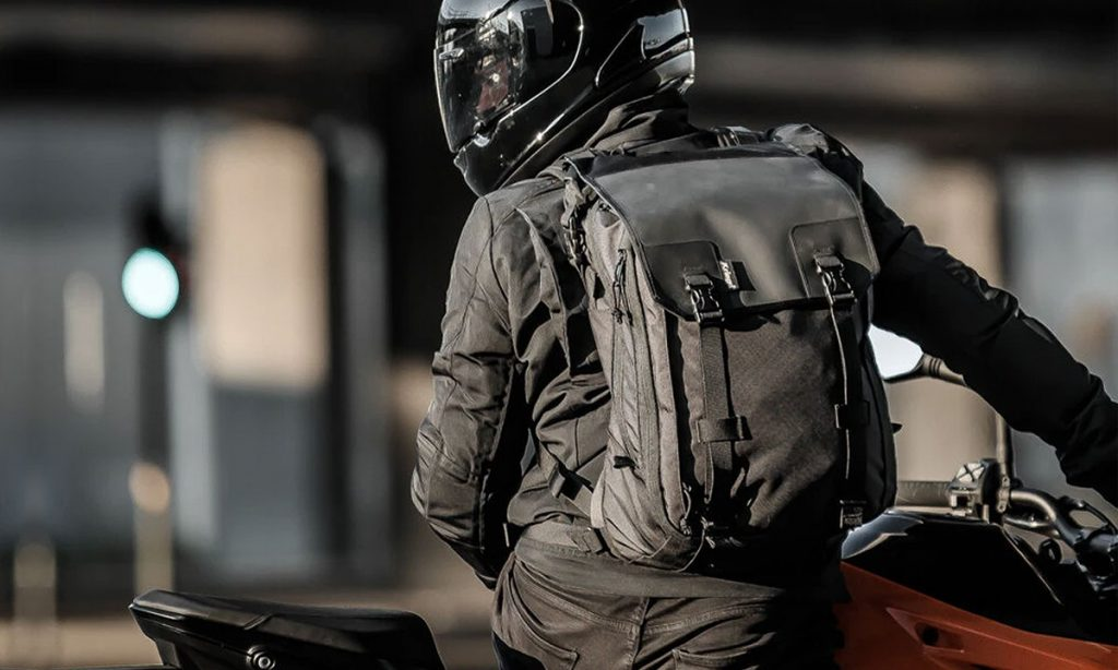 Return of the Cafe Racers - Kriega Max 28 Expandable Backpack