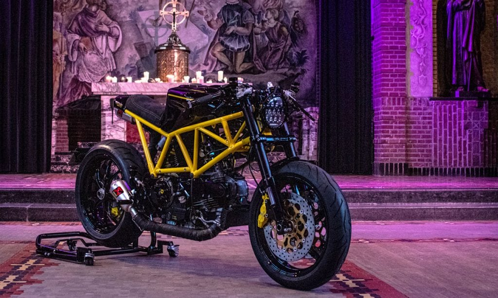 Return of the Cafe Racers - Form of Flattery – Futuri Ducati 900SS