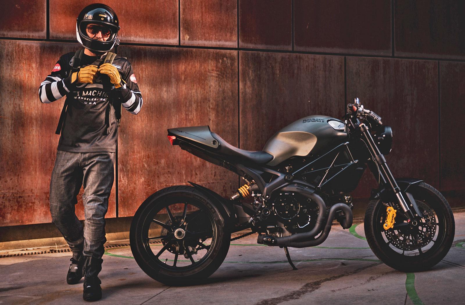 Clutch Moto Tech 110 jeans